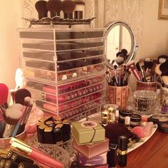 Makeup Lovers Unite!: Photo