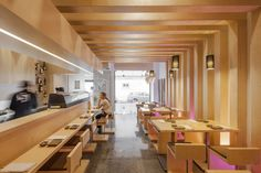 Eat: Sushi Pearl - PLAN Associated Architects - Faro, Portugal