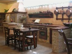 Grifo Caminetti - Le nostre cucine in mattoni, pietre, marmo e legno Rustic Kitchen, Country Kitchen, Simple House Design, Tadelakt, Dream Furniture, Cottage Interiors, Woodworking Projects Diy, House Rooms, Kitchen Storage