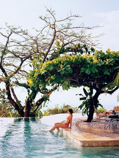 Costa Rica has as many civilized pleasures as it does natural ones. Here, guide Jackie Garcia Salazar enjoys both at the pool of La Mariposa hotel. Vacation Destinations, Dream Vacations, Vacation Spots, Holiday Destinations, Oh The Places You'll Go, Places To Travel, Places To Visit, Wild Life, Jamaica