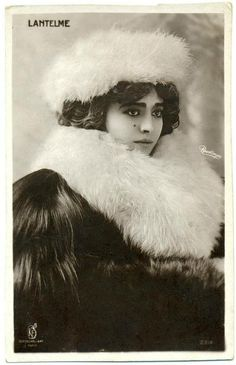 Geneviève Lantelme -   French actress, socialite and courtesan, best known as the mistress of Alfred Edwards.