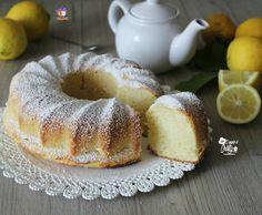 Questa ciambella soffice ricotta e limone e' una vera delizia , morbida e umida con un sapore e profumo di limone davvero unico !