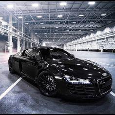 Black on Black Audi R8