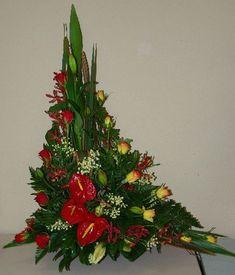 Asymmetrical Flower Arrangements   asymmetrical triangle flower arrangements - Google Search