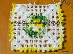 baixo Crochet Toys Patterns, Stuffed Toys Patterns, Filet Crochet, Clutch En Crochet, Crochet Projects, Sewing Projects, Crochet Squares, Crochet For Beginners, Cool Things To Buy