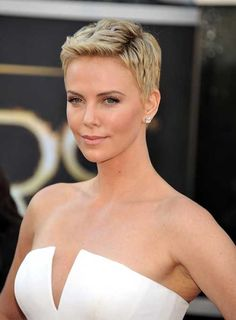15+ Short Hair Cuts For Women Over 40