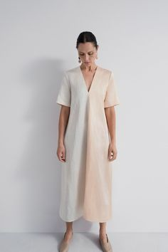 Fashion Tips Clothes Partow Resort 2019 New York Collection - Vogue.Fashion Tips Clothes Partow Resort 2019 New York Collection - Vogue Summer Minimalist, Minimalist Fashion, 80s Fashion, Fashion Dresses, Fashion Hacks, Vogue Fashion, Modest Fashion, Style Fashion, Fashion Show Collection