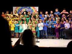 "(Classroom: Program Tips and Ideas; Activities: Sign Language) Kindergarteners Sign Language Song ""What a Wonderful World"" Kindergarten Graduation Songs, Kindergarten Music, Preschool Music, Teaching Music, Preschool Boards, Preschool Ideas, Sign Language Songs, Sign Language For Kids, What A Wonderful World"
