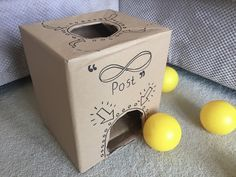 Posting Toy - Easy DIY Educational toys for 0-1 year olds from Bundlesandbuttons.blogspot.com