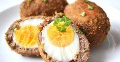 Mennyei Skót tojás recept! Ez a tojásos recept frissen a legfinomabb, amikor még kicsit lágy a tojás belseje. Bármilyen körettel lehet tálalni, vagy csak egyszerűen egymagában fogyasztani. :)