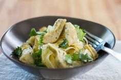 Never buy canned artichokes again! This easy recipe using the Anova Sous Vide Precision Cooker makes for tasty, tender artichokes that are perfect for salads or pasta. These will keep in an air-tight jar or container within the fridge for up to three Anova Recipes, Sous Vide Vegetables, Sous Vide Cooking, Cooking Recipes, Healthy Recipes, Vegetarian Paleo, Vegetable Sides, Side Salad, Artichokes