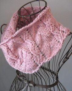 Spring Lace Cowl 8 or 5 mm, Circular Knitting Needles Yarn Weight: (4) Medium Weight/Worsted Weight