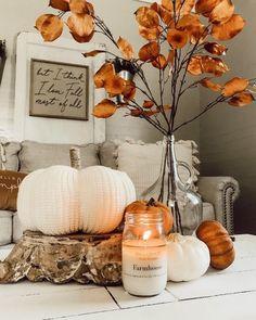 Fall Living Room, Fall Bedroom, Living Room Decor, Bedroom Ideas, Bedroom Decor, Thanksgiving Decorations, Seasonal Decor, Table Decorations, Homemade House Decorations