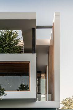 Home architecture exterior indian Ideas Architecture Building Design, Modern Architecture House, Facade Design, Residential Architecture, Villa Design, Modern Home Interior Design, Modern House Design, Home Design, Modern Tropical House