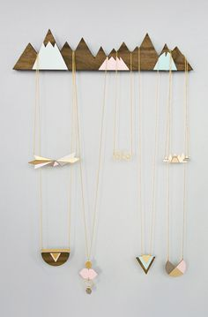 Lovely Clusters - Beautiful Shops: Mountains Jewelry Display organizer hanger