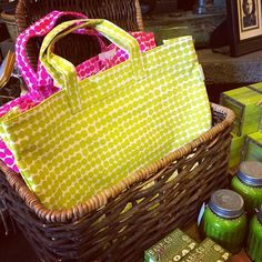 need a tote for your spring time adventures? these canvas circle totes are perfect for just that!