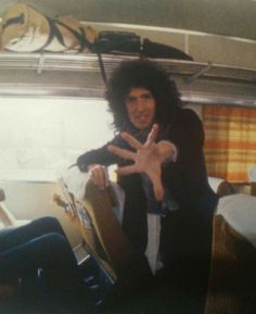 Queen Brian May, I Am A Queen, Queen Photos, Queen Pictures, John Deacon, Roger Taylor, British Rock, Queen Freddie Mercury, Queen Band