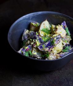 Potato Salad! One of the many different varieties that I make. This go round was purple potatoes, new potatoes, fresh dill, and, er, a ton of other stuff. There's a similar recipe on my blog if you want to give it a go. 👐🏼 . Secondly, I wanted to dedicate this post to Devinder of @grubwithanindianabroad. Her work is truly seductive and mysterious- I always enjoy seeing her posts pop up! So go show her some love because she's awesome. I hope to make it to Amsterdam sometime next year, so…