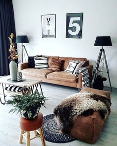 Having small living room can be one of all your problem about decoration home. To solve that, you will create the illusion of a larger space and painting your small living room with bright colors c… Decor, Living Room Inspiration, Home Decor Inspiration, Room Inspiration, Living Room Designs, House Interior, Room Design, Room Decor, Apartment Decor