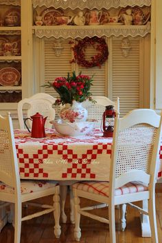 Aiken House & Gardens: More Red & White Kitchen Touches (I LOVE the red and white tablecloth! Red And White Kitchen, Red Kitchen, Kitchen Country, White Kitchens, Kitchen Ideas, Shabby Chic Kitchen, Shabby Chic Decor, Cottage Living, Cottage Style