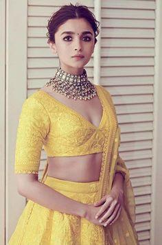 Find the latest Bollywood celebrity inspired lehenga designs for weddings. Check Lehenga designs worn by Alia Bhatt, Katrina Kaif, Shradhha Kapoor. Dress Indian Style, Indian Dresses, Indian Wear, Alia Bhatt Lehenga, Lehenga Choli, Lehnga Blouse, Sabyasachi Sarees, Floral Lehenga, Bollywood Lehenga