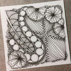 Zentangle 041516. #zentangle #zendoodle #doodle #doodleart #drawing #draw #painting #art #artwork #sketch #sketchbook #tangle #blackandwhite #zentangleinspiration #zentangleart #learnzentangle #zenart #hearttangles