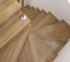 Revestimientos para escaleras, escaleras de diseño en Barcelona, la mejor opción para tu hogar, oficina o local.  RFserveis una de las pocas empresas con Escaleras de diseño en España