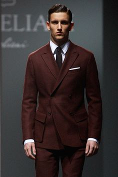 #Corneliani autumn-winter 2013-2014 #moda #madeinitaly Office Outfits, Fall Outfits, Timeless Fashion, Men's Fashion, Men Dress, Dress Shoes, Sharp Dressed Man, Sport Casual, Stylish Men