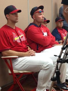 Wainwright, Holliday, Molina & Craig watch the Matt Carpenter press conference 3-08-14