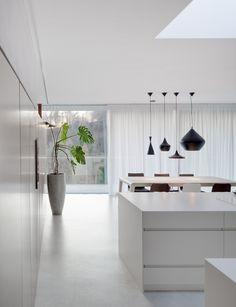 House / Destilat Design Studio (via Gau Paris) Interior Modern, Home Interior Design, Design Studio, House Design, Secret House, Minimalist Kitchen, Concrete Floors, Shabby Chic Decor, Architecture Design