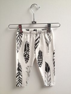 I need to find this fabric!!!  littlefour organic cotton knit feather baby leggings NB 3M 6M 12M and 18M