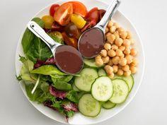 Summer Mediterranean Chickpea Salad | Prevention