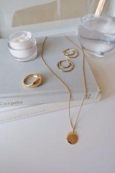 My Current Homeware Wishlist Jessica Harumi Gold jewelry minimal jewelry Dainty Jewelry, Cute Jewelry, Photo Jewelry, Gold Jewelry, Jewelery, Handmade Jewelry, Fashion Jewelry, Jewelry Necklaces, Fashion Necklace