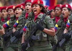 """ΤΟ ΚΟΥΤΣΑΒΑΚΙ: Στη Βενεζουέλα πραγματοποιούνται  στρατιωτικές ασκ... """"Ασκήσεις με στόχο την εξάσκηση σε  αποκλειστικά αμυντικές ενέργειες,« ανέφερε το TASS τη δήλωση του υπουργού άμυνας της Βενεζουέλας Βλαντιμίρ Padrino Lopez. Σημείωσε ότι στην εκπαίδευση των ελιγμών  εντάχθηκαν  εθελοντικά 20 χιλιάδες πολίτες της  χώρας  που δεν αποτελούν μέρος των ενόπλων δυνάμεων."""