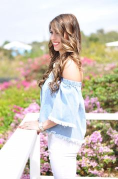 denim crop top, my new favorite lipstick, perfect white jeans, pom pom clutch, distressed white jeans, baublebar necklace, nordstrom crop top, spring fashion, melted lipstick, spring outfit inspo, spring outfit ideas, spring fashion, OOTD