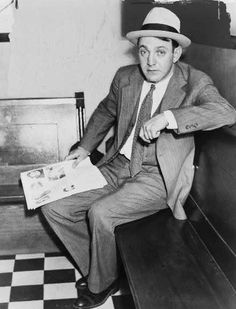 Dutch Schultz, a real-life gangster and the boss of one of Runyon's ...