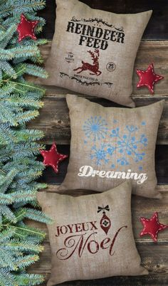 Holiday Burlap Pillows. 10 #Christmas styles.  BourbonandBoots.com