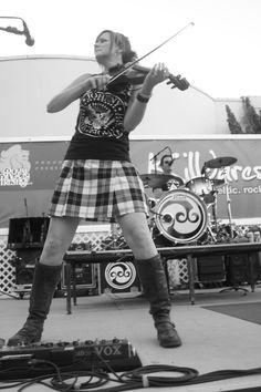 Roberta Rast 6 time grand master fiddle champion The Killdares...BA  pic!