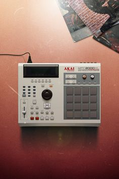 MPC 2000 XL by Nicolas Loureiro New Hip Hop Beats Uploaded EVERY SINGLE DAY http://www.kidDyno.com