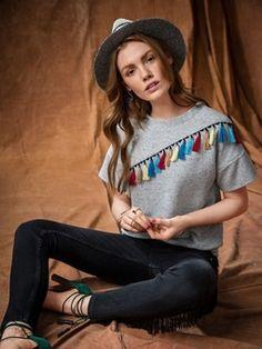 Пуловер с асимметричной кокеткой