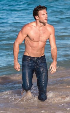 Scott Eastwood from The Big Picture: Today's Hot Pics