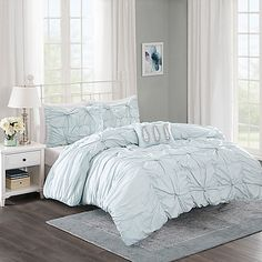Madison Park Harlow 4-Piece Comforter Set in Seafoam