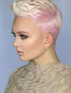 We have handpicked the Latest Short Blonde Hair Ideas for 2019 that are so inspiring and awesome. If you like blonde hair color then you will surely love Blonde Highlights Short Hair, Ash Blonde Short Hair, Blonde Hair With Roots, Pink Highlights, Short Pixie Haircuts, Pixie Hairstyles, Blonde Hairstyles, Trendy Hairstyles, Crop Hair