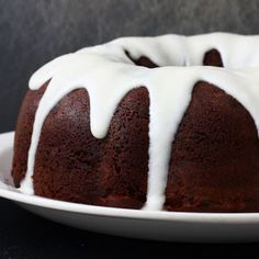 Devil's food pound cake is a moist and chocolatey cake with a sweet icing, devilish icing. This recipe is perfect for any potluck or BBQ because it travels well and. Bundt Cake Mix Recipe, Cake Mix Recipes, Pound Cake Recipes, Frosting Recipes, Dessert Recipes, Food Cakes, Cupcake Cakes, Cupcakes, Chocolate Bunt Cake