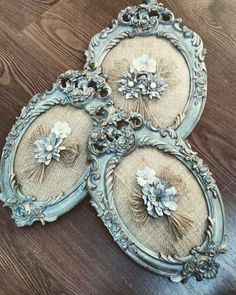 Shabby Chic Home Decor Old Jewelry, Jewelry Crafts, Jewelry Art, Shabby Chic Frames, Vintage Shabby Chic, Shabby Chic Jewelry, Picture Frame Crafts, Picture Frames, Crafts To Make