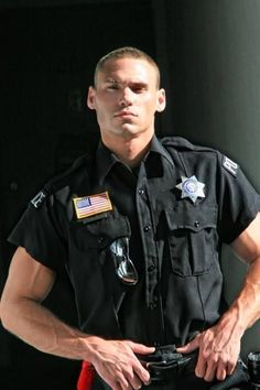 Mostly pics of cops doing their job but also hot men in uniform.