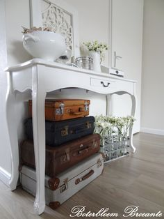 Vintage suitcases / Oude koffers als deco