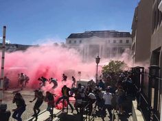 South Africa Student Protests Continue Despite Police Violence - #FeesMustFall - revolution-news.com/south-africa-s…
