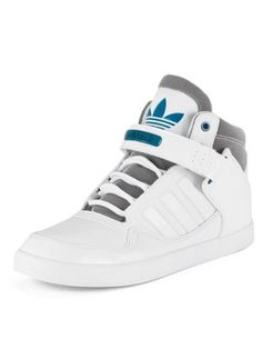 Addidas Shoes Mens, Adidas Shoes, Sneakers Fashion, Fashion Shoes, Shoes Sneakers, Garra, Mens Trainers, Dream Shoes, Sport Fashion
