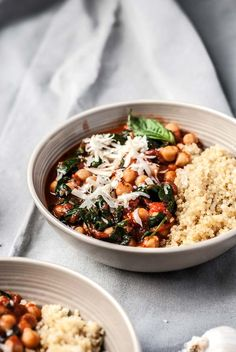 tomato basil chickpeas and spinach